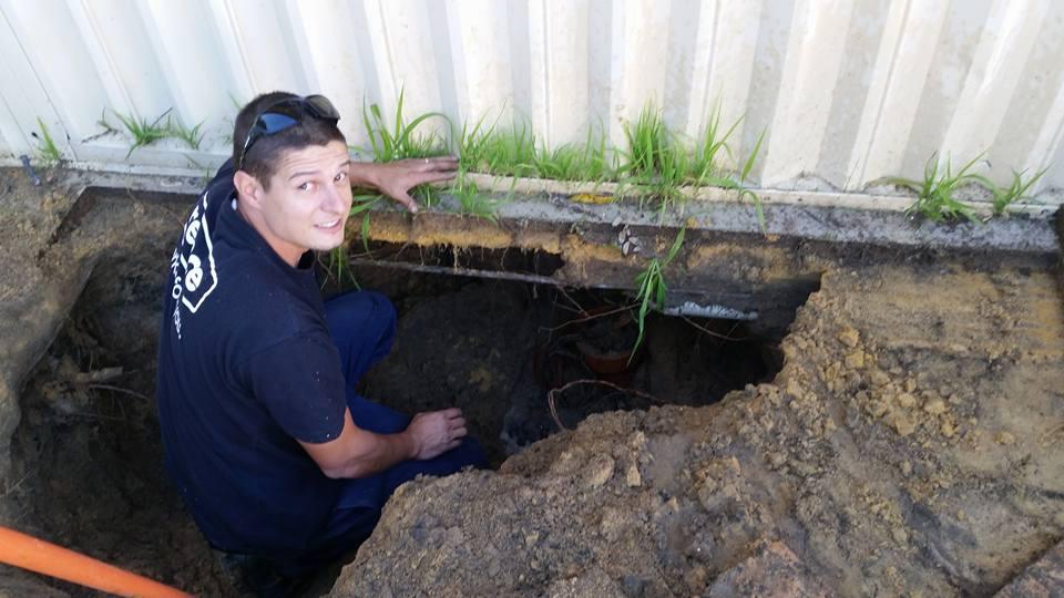 plumber tapping